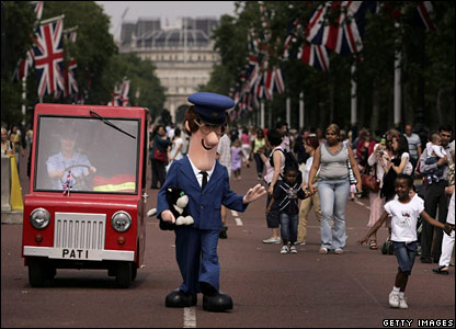 Postman Pat on The Mall, Sunday 25 June 2006