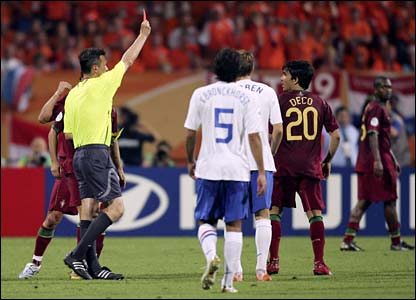 Deco picks up red card