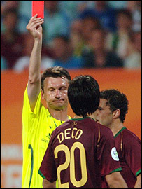 Deco being sent off by referee Valentin Ivanov