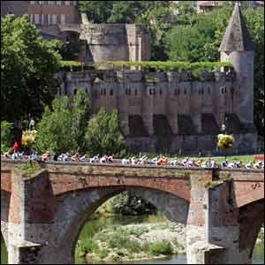 The riders go over Albi bridge during the 2005 Tour de France
