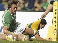 Ulster flanker Neil Best socres against Australia
