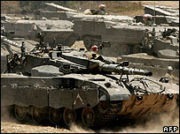Israeli tanks manoeuvre near Gaza border