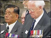 Ram Bahadur Limbu (left) with fellow VC winner John Alexander Cruickshank