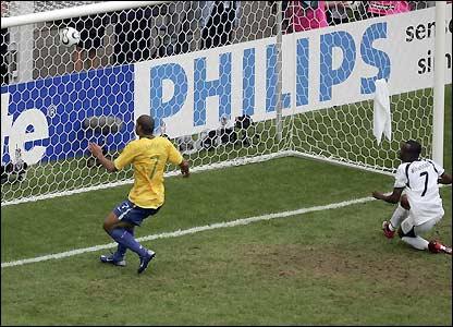 Adriano scores