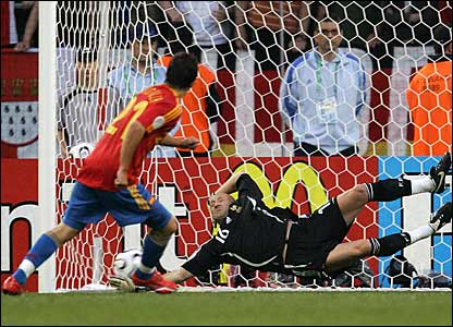 Spain's David Villa opens the scoring from the spot