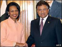 US Secretary of State Condoleezza Rice with President Musharraf in Islamabad
