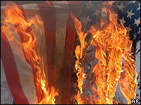 Quema de bandera estadounidense