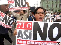 Protests against the planned free trade deal in Lima in May 2006