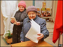 Voters in Moscow