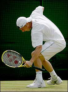 Lleyton Hewitt celebrates his win