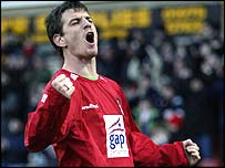 Chris Llewellyn rejoins Wrexham after a season with Hartlepool