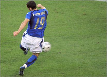 Gianluca Zambrotta scores