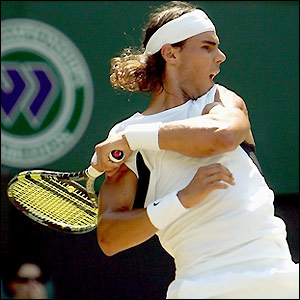 Nadal comes from behind in the tie-break to clinch the first set