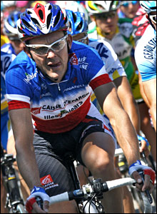 Florent Brard comes to the head of the peloton