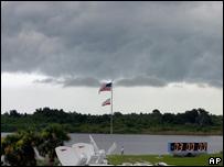 Nubes en Cabo Cañaveral, Florida.