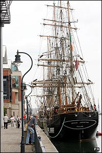 Jeannie Johnston on Belfast quayside