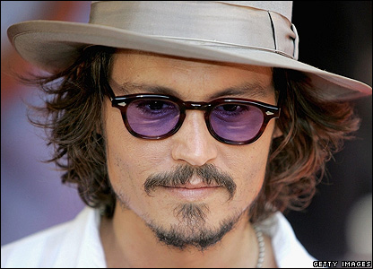 Johnny Depp _41843326_depp_close_getty