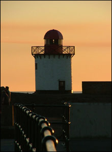 Peter Burd sent in this nice shot of a lighthouse at Burry Port