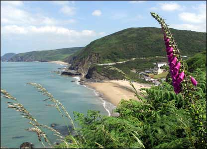 A picture of Tresaith beach from the path to Aberporth, by Steve Westhead of Caerleon