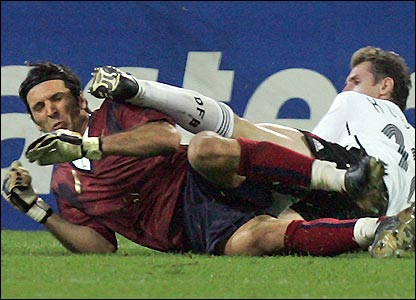 _41848012_buffon_getty416.jpg