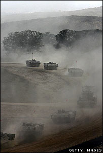 Israeli convoy on Gaza border 5 July