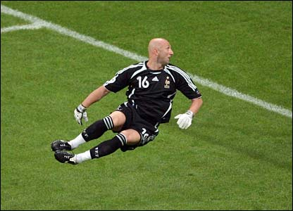 France goalkeeper Fabien Barthez