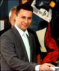 Nikola Gruevski casting his ballot