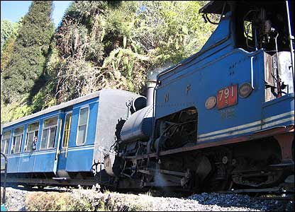 Darjeeling train on the side of a hill