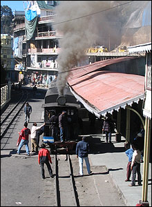Darjeeling train pulls into Ghum