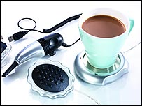 USB set including mug warmer and keyboard vacuum cleaner