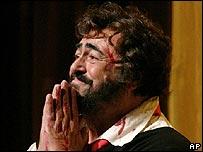 Luciano Pavarotti, 2004