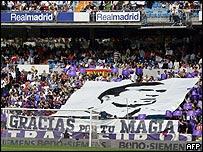 El público del Santiago Bernabéu fue eco del sentimiento de todos los hinchas del fútbol.