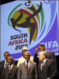 Mbeki (left) with Kofi Annan and Sepp Blatter (front row), with Caf boss Issa Hayatou  (back row, right).