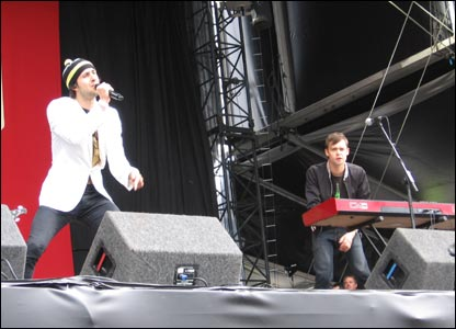 Fast-rising Newcastle five-piece Maximo Park gave an energetic  performance
