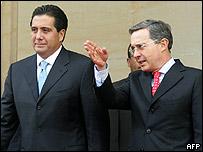 Los presidentes de Panamá y Colombia, Martín Torrijos y Álvaro Uribe.