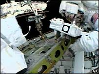 Astronaut Piers Sellers on spacewalk