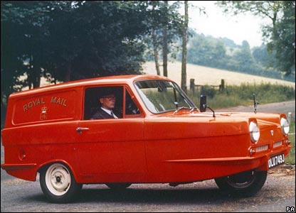 1971: a reliant three-wheeled van for mail work - unpopular with drivers, they were withdrawn in 1973