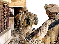 Infantes de marina de EE.UU. en Irak.