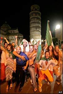 Italian fans in Pisa's Piazza Dei Miracoli