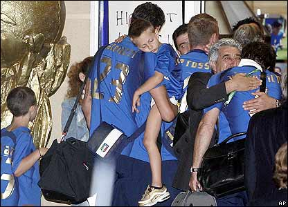 The Italian team arrive at their hotel
