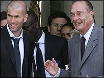 Zinedine Zidane meets French President Jacques Chirac