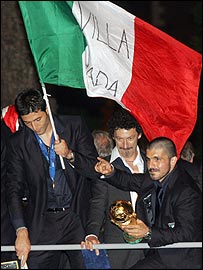 Gennaro Gattuso (right) and team-mates celebrate in Rome