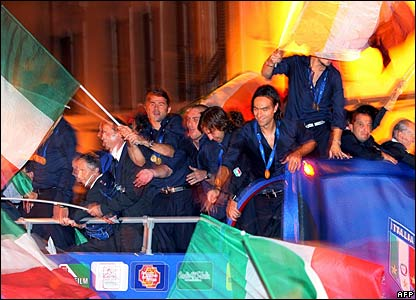 The Italian football team returns home in a blaze of glory