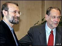 Ali Larijani (l) and Javier Solana