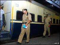 Delhi police inspect the railways