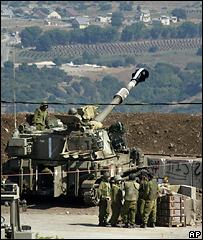 Израильский танк рядом с ливанской границей
