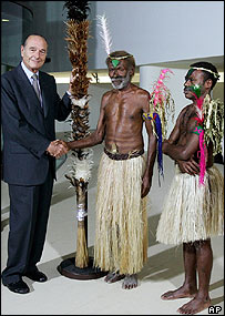 French President Jacques Chirac, Chief Laukalbi from Tanna and Jerry Napat
