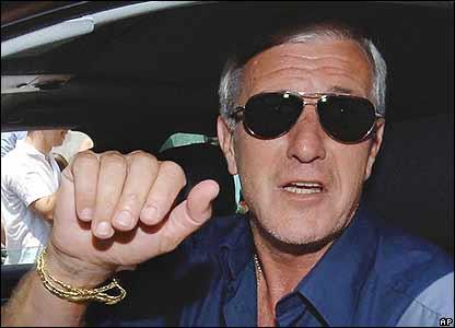 Marcello Lippi pictured in his car