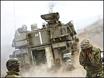 Israeli artillery unit fires across the border into southern Lebanon