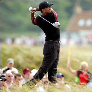 http://newsimg.bbc.co.uk/media/images/41883000/jpg/_41883942_tiger_swing300.jpg